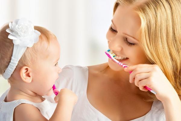 helyes fogmosás gyerekeknél