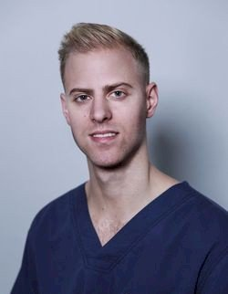 Dr. Ádám Csernák